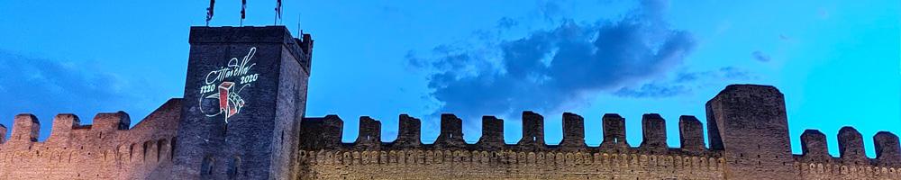Cittadella mura in notturna con logo 800 anni